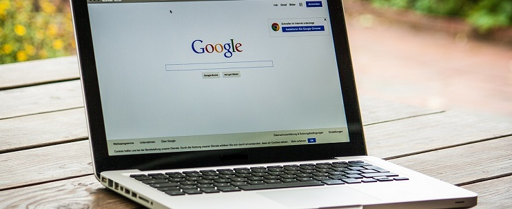 Google homepage on a laptop